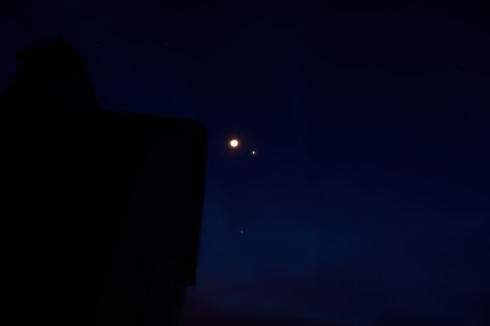 Moon, Venus and  Jupiter together in the western sky